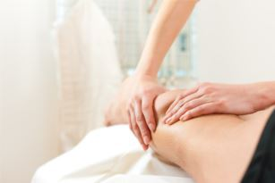 treat knee pain with massage and osteopathy - our osteopath, Rosie, is an expert in knee pain
